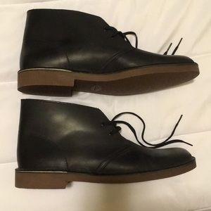Men's Clarks black chukka shoes